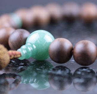 男性用数珠(京念珠)神代桜・翡翠仕立の通販・販売