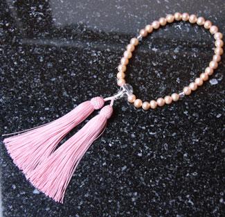 女性用数珠(京念珠淡水真珠/水晶仕立ての通販・販売