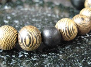 男性用数珠(京念珠)銘木 鉄刀木/黒檀仕立ての通販・販売